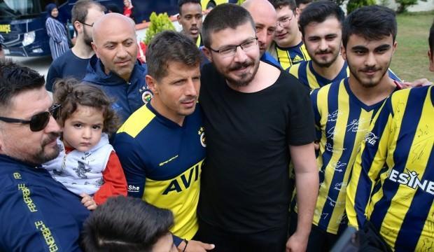 Fenerbahçeli taraftarlardan Emre Belözoğlu'na yoğun ilgi
