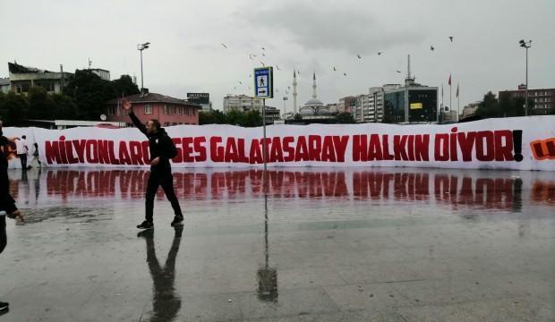 Taraftar protesto! G.Saray halkındır Lisenin değil'