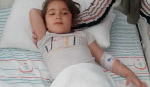 Su diye asit içen 5 yaşındaki çocuk ölümden döndü