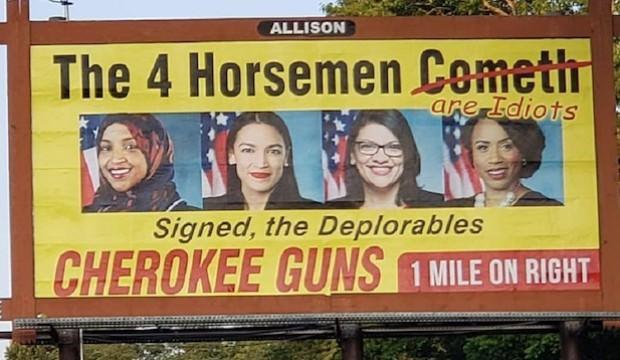ABD'de pes dedirten görüntü! 4 kadın vekil silah reklamında...