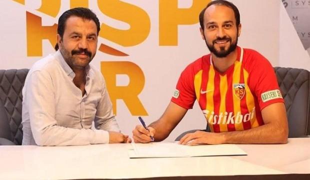 Kayserispor Şamil Çinaz ile sözleşme yeniledi