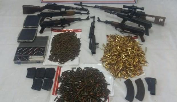 Tunceli'de PKK silahları ve mühimmatı ele geçirildi