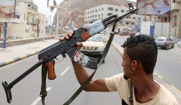 Yemen'de Cumhurbaşkanlığı Sarayı yakınlarında silahlı çatışma