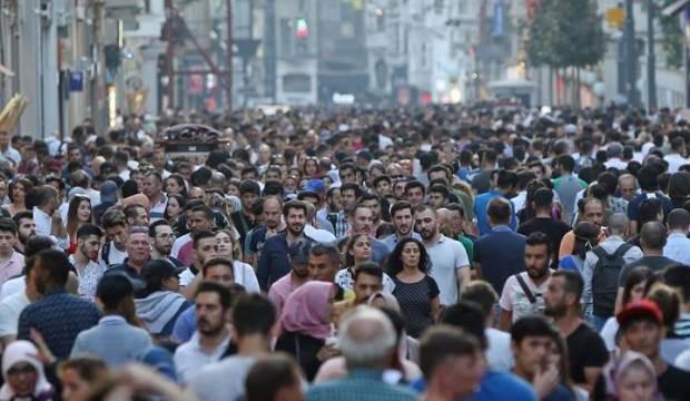Bakan açıkladı! 14 milyon kişi yollara düştü