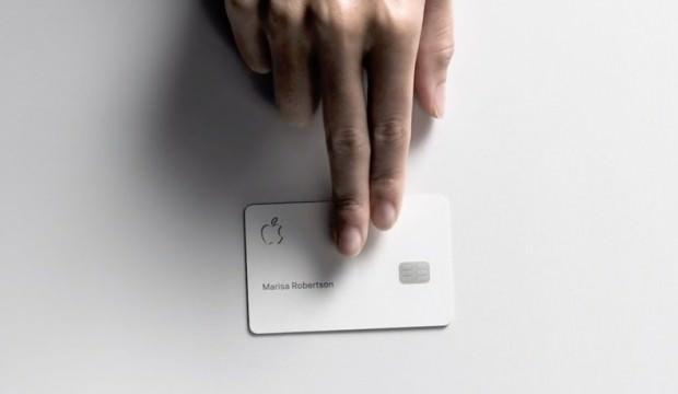 Apple'ın kredi kartı hizmete girdi