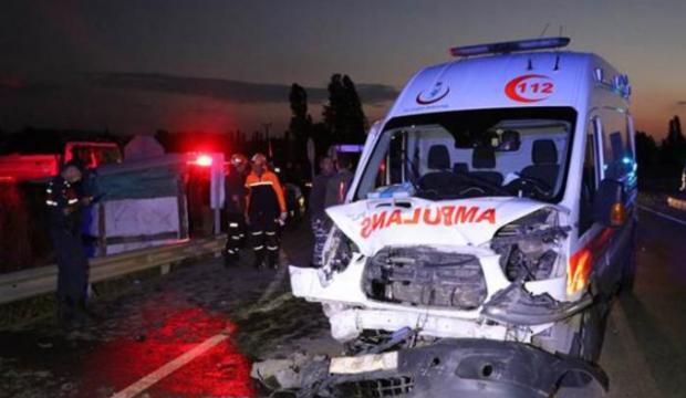 Katliam gibi kaza: 2 ölü, 5 yaralı