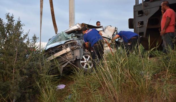 Adana'da feci kaza: 1 ölü 1 yaralı