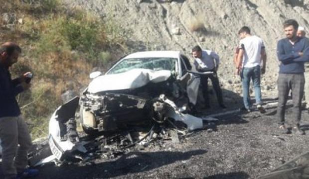 Hakkari-Van karayolunda kaza! 2'si ağır 6 yaralı