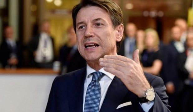 İtalya Başbakanı'ndan istifa kararı!