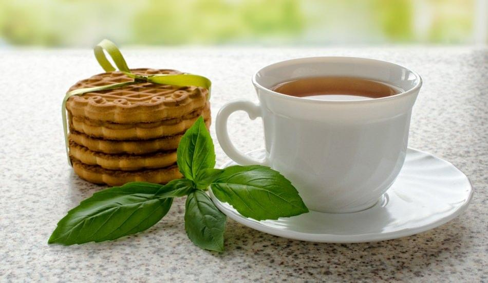 Fesleğenin faydaları nelerdir? Fesleğen nerelerde kullanılır? Fesleğen çayı nasıl yapılır?