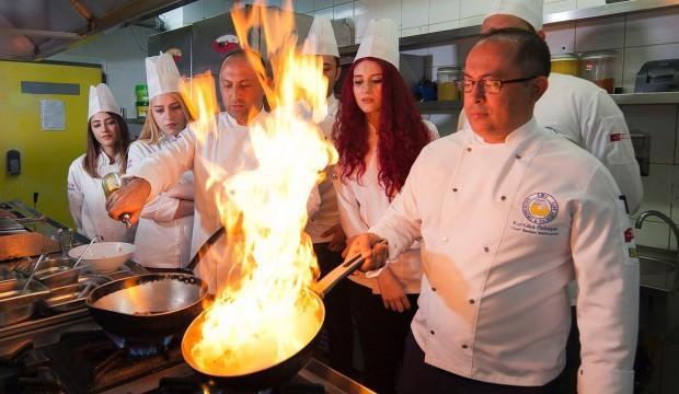 3 milyon kişi gastronomi için seyahat ediyor