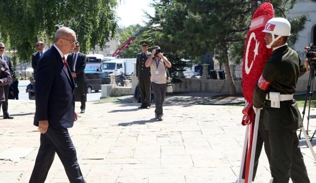 Başkan Erdoğan Sivas'tan seslendi: Ya olacağız, ya öleceğiz