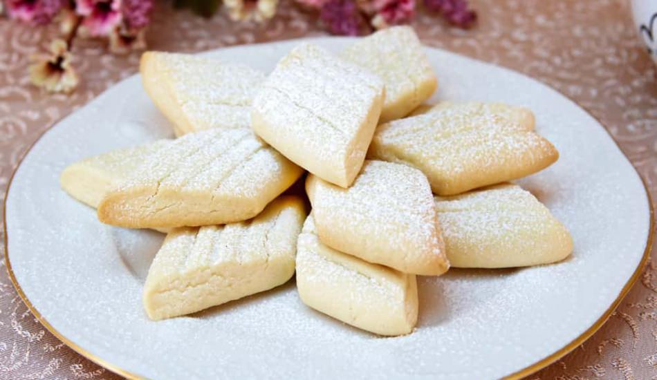 Ağızda dağılan pratik un kurabiyesi nasıl yapılır? Pastane usulü un kurabiyesinin püf noktaları
