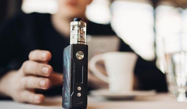 Gizemli hastalık oluşuyor dediler 'elektronik sigara'yı yasakladılar