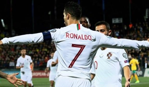 Ronaldo'dan hat-trick! Rekora doymuyor...