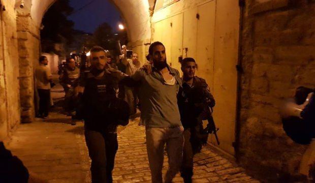 İsrail işgal güçlerindan Doğu Kudüs'te baskın: 46 Filistinli yaralı