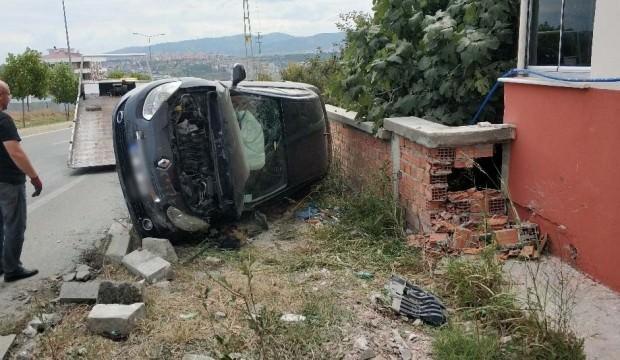 3 araç birbirine girdi: 1 ölü 1 yaralı