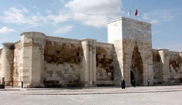 Selçuklu eseri Sultanhanı Kervansarayı açılıyor
