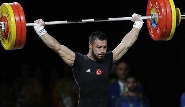 Daniyar İsmayilov dünya ikincisi oldu!