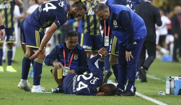 Fenerbahçe'de derbi öncesi büyük şok!