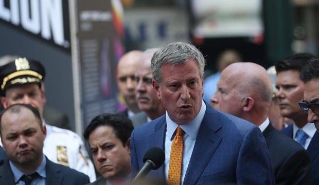 New York Belediye Başkanı, yarıştan çekildi