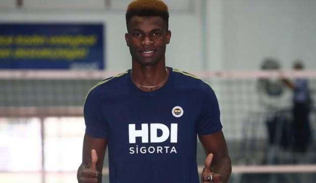 Nwachukwu Fenerbahçe HDI Sigorta'da!