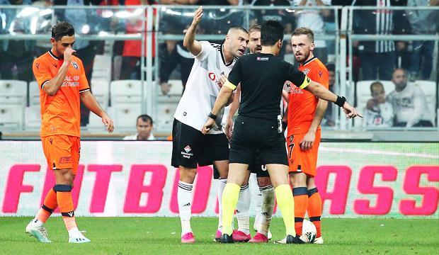 Beşiktaş - Başakşehir maçında tartışılan pozisyon!