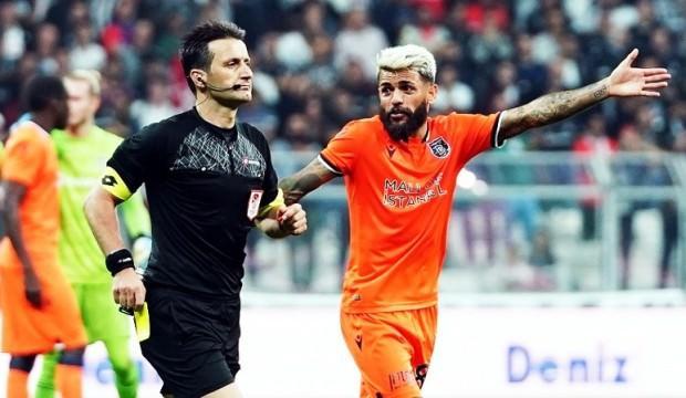 Beşiktaş - Başakşehir maçının hakemi yandı!