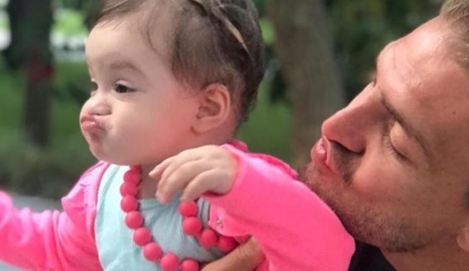 Futbolcu Caner Erkin'den kızı için duygusal sözler!
