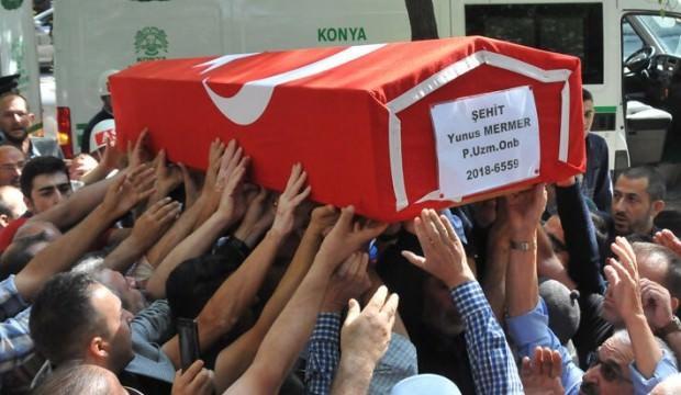 Konyalı şehidi 20 bin kişi son yolculuğuna uğurladı