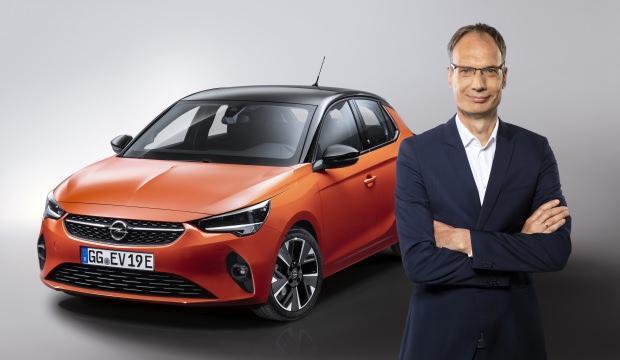 Opel CEO'suna ''MANBEST 2019'' ödülü