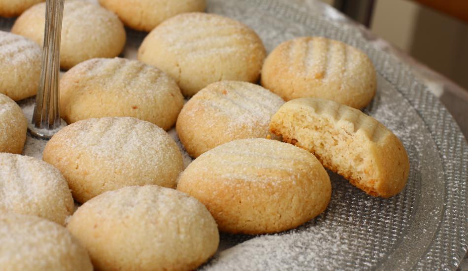 Ağızda dağılan tatlı kurabiye nasıl yapılır?