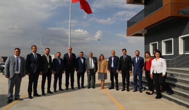 'Mehmetçiğimiz piyonlar ile mücadele ediyor'