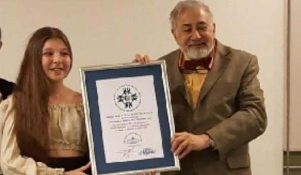 İzmirli Rapunzel dünya rekoru kırdı
