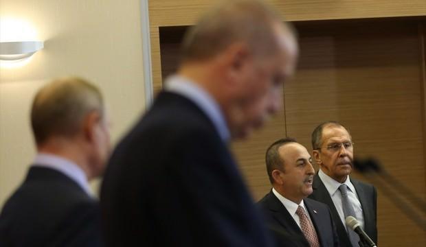 Türkiye'nin siyasi başarısı sosyal medyanın gündeminde