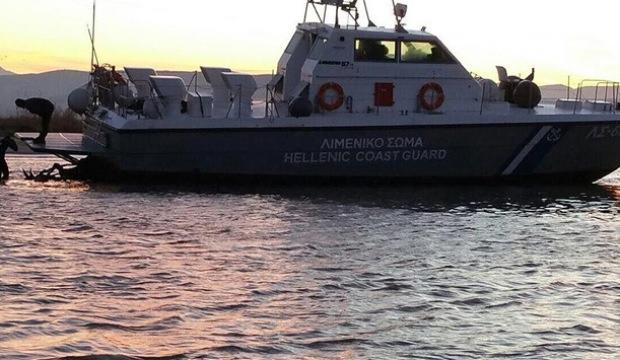Yunan Sahil Güvenliği göçmen botuna çarptı!