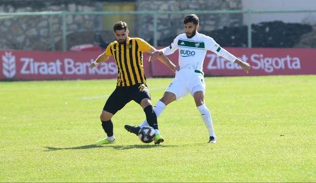Bursaspor, Bayburt'ta turladı!