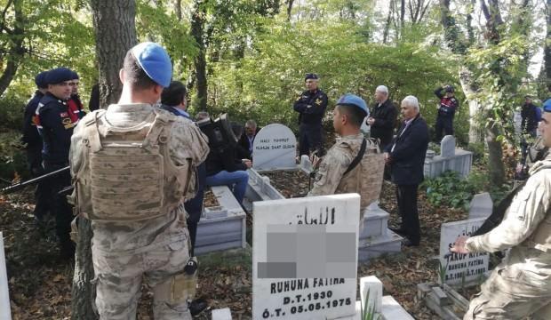 Kızı olduğunu iddia edince, 24 yıl sonra mezarı açıldı...