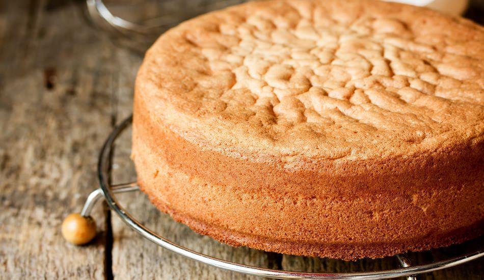 Yumuşacık pandispanya keki nasıl yapılır?
