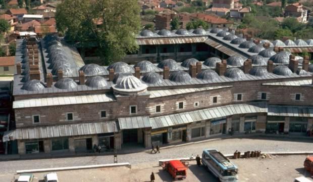 1561'de yaptırılan Rüstem Paşa Kervansarayı nerede?