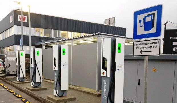 Almanya, 1 milyon şarj istasyonu kuracak