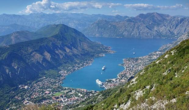 Adriyatik Denizinin berrak suları ile buluşan  Kotor Körfezi nerede?