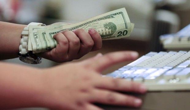 Dolar güne yukarı yönlü başladı