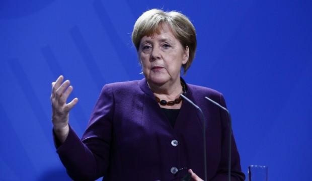 Merkel: Türkiye'nin de kendi meşru güvenlik gerekçeleri var