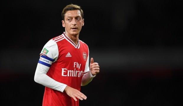 Mesut Özil: 'Geleceğimi göremiyorum'