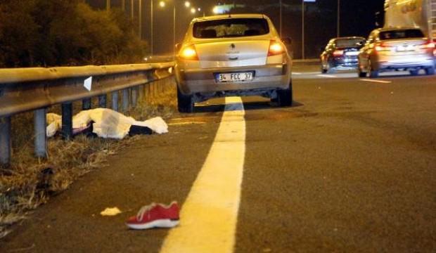 Bolu'da, TEM yolunda otomobilin çarptığı kadın öldü
