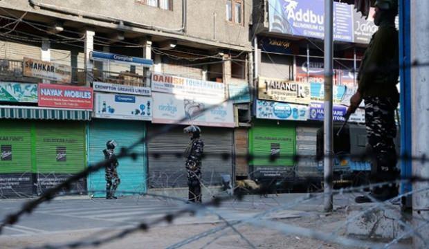 Cammu Keşmir'de ablukanın 100. günü!