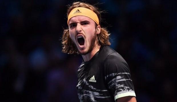 Federer'i deviren Tsitsipas finale yükseldi