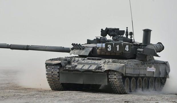 Görüntüleri yayınladılar: ABD askerleri Rus tankında!