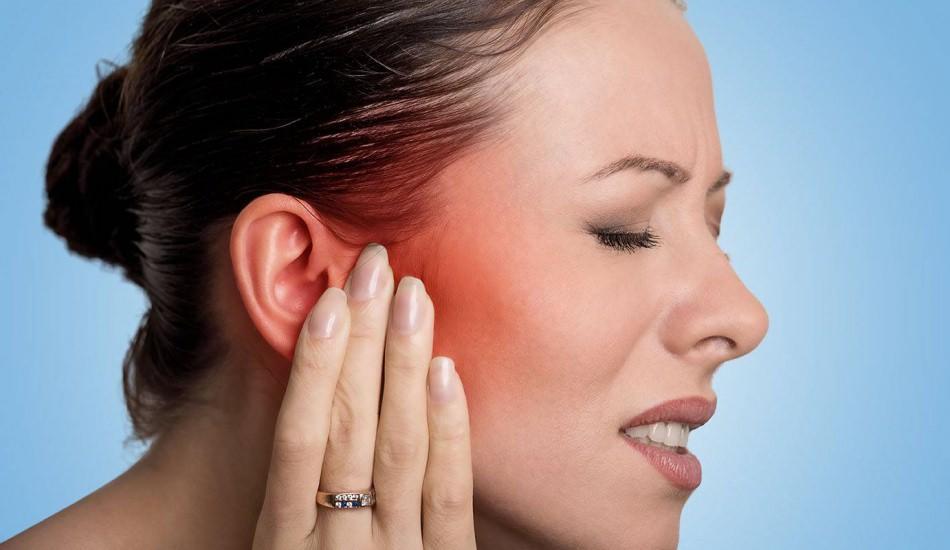 Kulak ağrısı neden olur? Kulak ağrısı neyin habercisidir? Kulak ağrısı nasıl geçer?